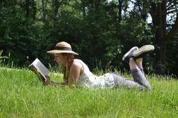 reading-book-1500650_960_720